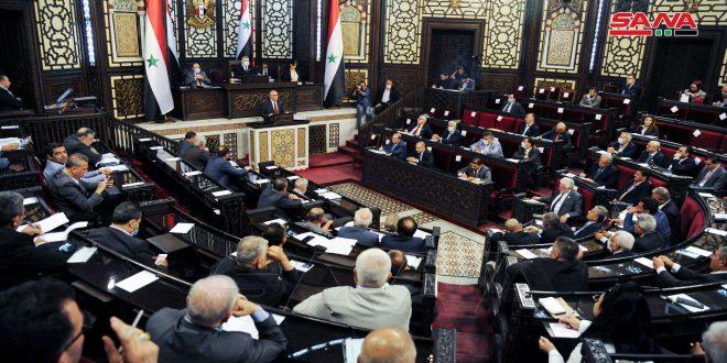 وزير الصناعة أمام مجلس الشعب: إعادة هيكلة منشآت القطاع العام ورفع الطاقة الإنتاجية بمختلف القطاعات